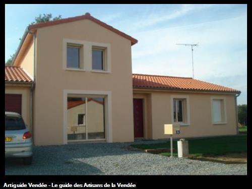 Ravalement de façade pour la maison d'un particulier en Vendée par Styl' Façades